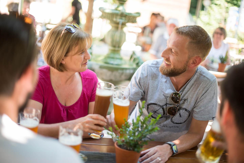 Biergarten im Partnerbetrieb Pferchtal in Lautzkirchen