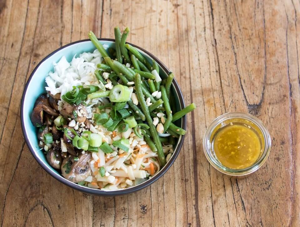 """Asian Bowl von """"World Food Trip"""""""